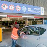 Primer día de apertura del aparcamiento de pago del Hospital de Guadalajara: sin vehículos mal aparcados fuera