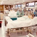 El hospital de Guadalajara comienza a sentir la presión del coronavirus: 70 pacientes en planta y 13 en la UCI, en un día con 118 nuevos infectados y 2 fallecidos