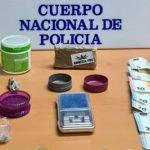 Causaban molestias a los vecinos del barrio y cuando llegó la Policía para identificarlos se encontró con tres jóvenes que se dedicaban al menudeo de la marihuana en Guadalajara