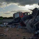 Trágico accidente entre dos camiones en la A2 a la altura de Argecilla: un conductor muerto y otro herido leve