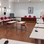 Las bodas civiles y los plenos del Ayuntamiento de Guadalajara se celebrarán durante los próximos cinco meses en el centro social Los Valles por obras en el Salón de Plenos consistorial