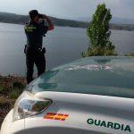 Agentes medioambientales rescatan a un hombre y dos niñas que se estaban bañando en el embalse de Alcorlo y tenían dificultad para llegar a la orilla